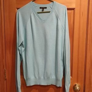 Banana Republic Factory v neck sweater
